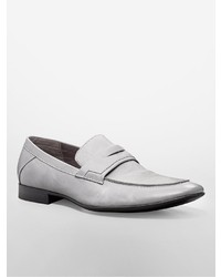 Slippers en cuir gris