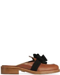 Slippers en cuir ornés marron Michael Kors