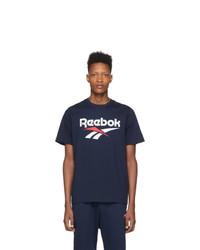 T-shirt à col rond imprimé bleu marine et blanc Reebok Classics