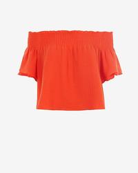 Top à épaules dénudées rouge