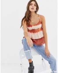 Top sans manches imprimé tie-dye rouge Glamorous
