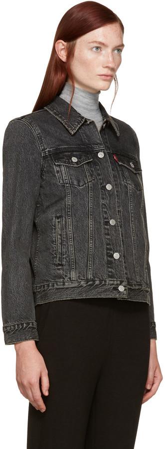 91163c7bff Veste en jean noire Levi's, €84 | SSENSE | Lookastic France