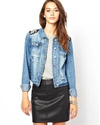 Veste en jean ornée bleu clair