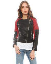 Vêtements de dessus rouge et noir